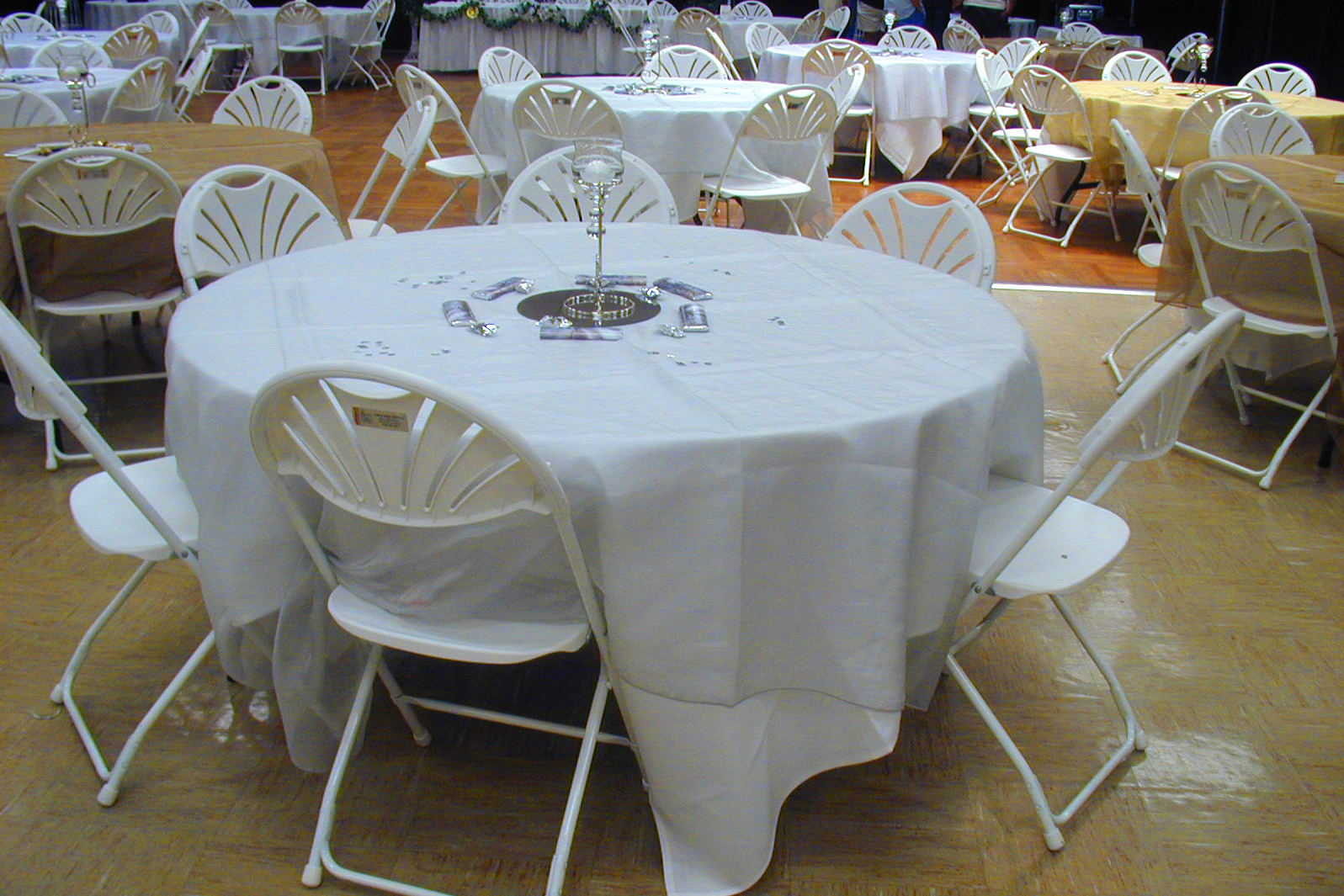 Tables Chairs Amp Linens Fun And Game Party